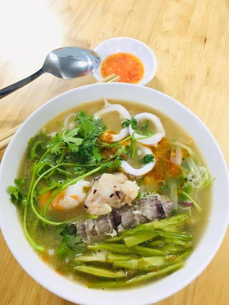 5 quán bún hải sản 'thơm ngon khó cưỡng' tại Hà Nội