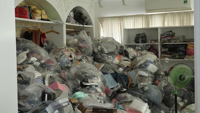 An Giang: Xử phạt cơ sở bán hàng không thiết yếu, phát hiện hơn 14.000 sản phẩm nhập lậu