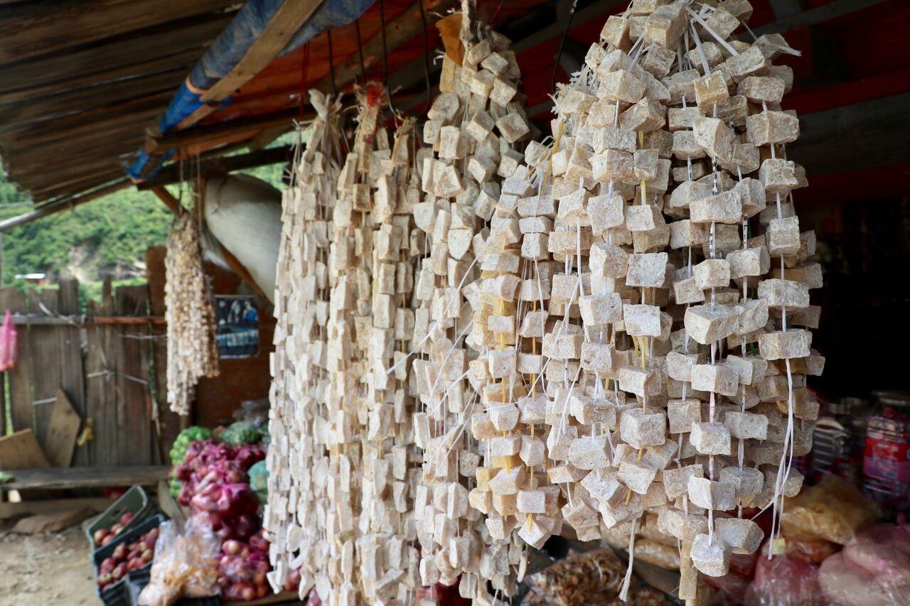 Bí ẩn đằng sau những thỏi bơ và phô mai thủ công nhìn như kẹo của người du mục Bhutan