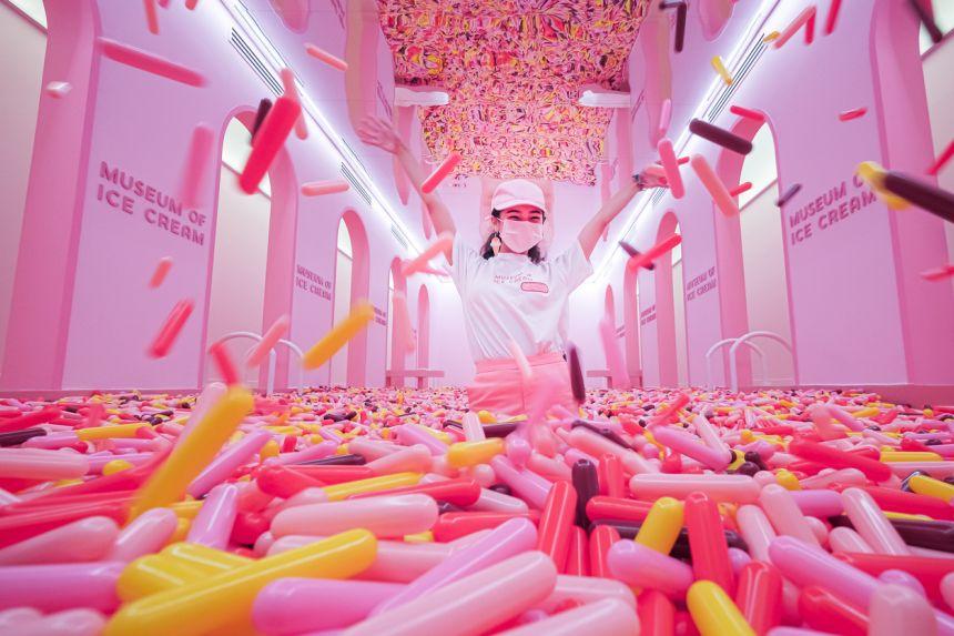 Các tín đồ ẩm thực mê đắm không gian tại bảo tàng kem mới mở cửa ở Singapore