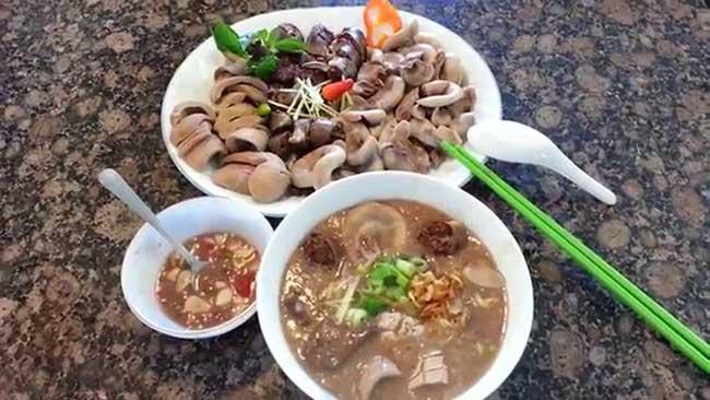 Cách làm lẩu cháo lòng ngon chuẩn vị & đầy đủ chất dinh dưỡng