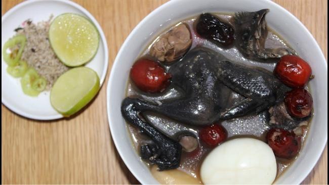 Cách làm nước lẩu gà thuốc bắc bổ dưỡng