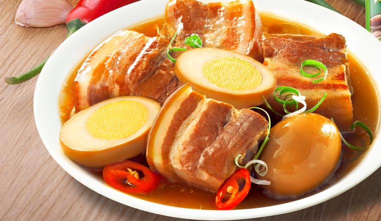 Cách nấu thịt kho trứng mềm ngon, chuẩn vị người Hoa