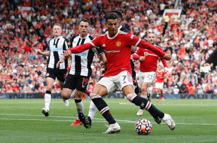 Chờ đợi Ronaldo tiếp tục tỏa sáng trận Man United gặp Young Boys