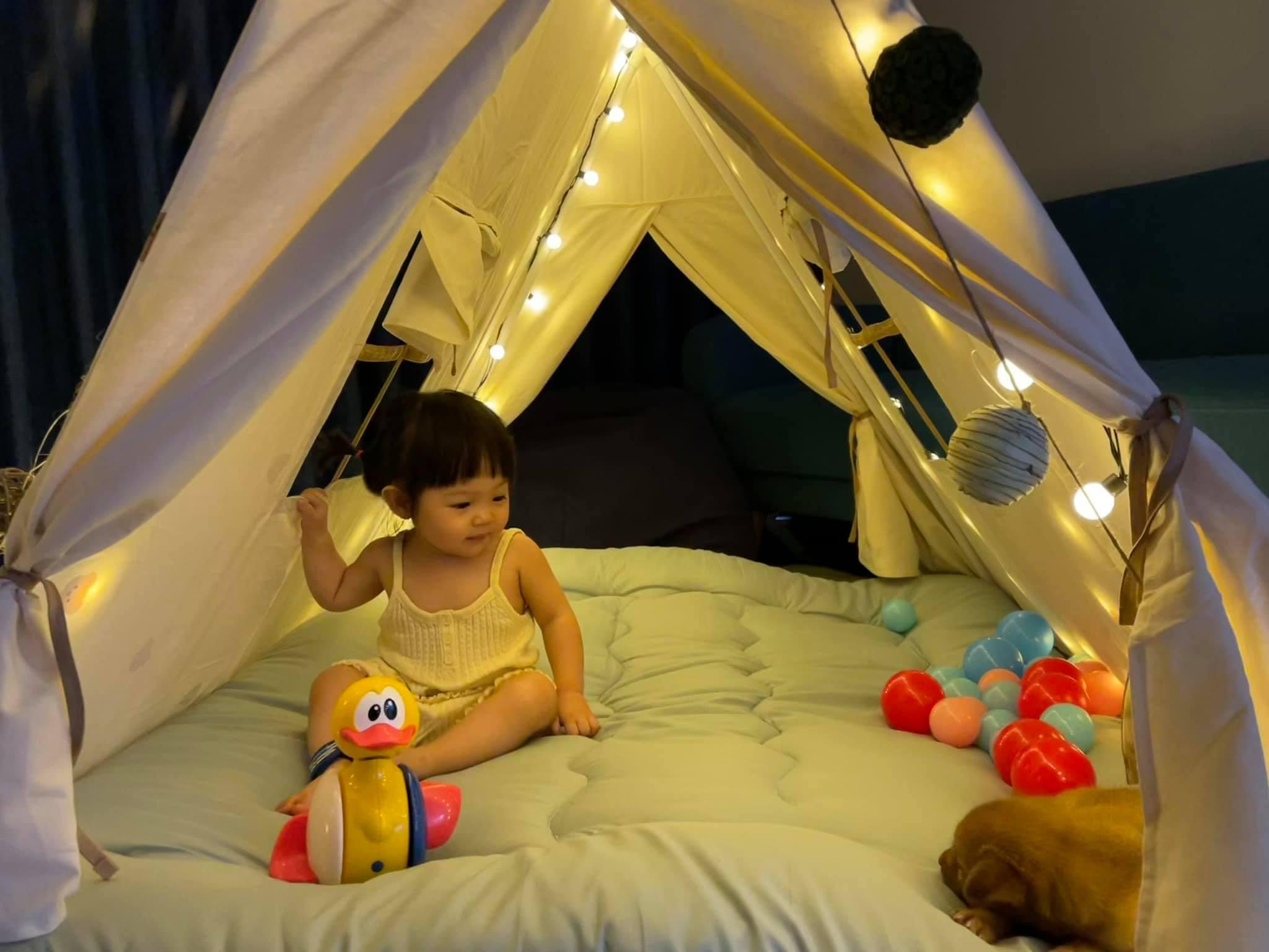 Choáng ngợp với khu cắm trại trong nhà do Cường Đôla làm cho con