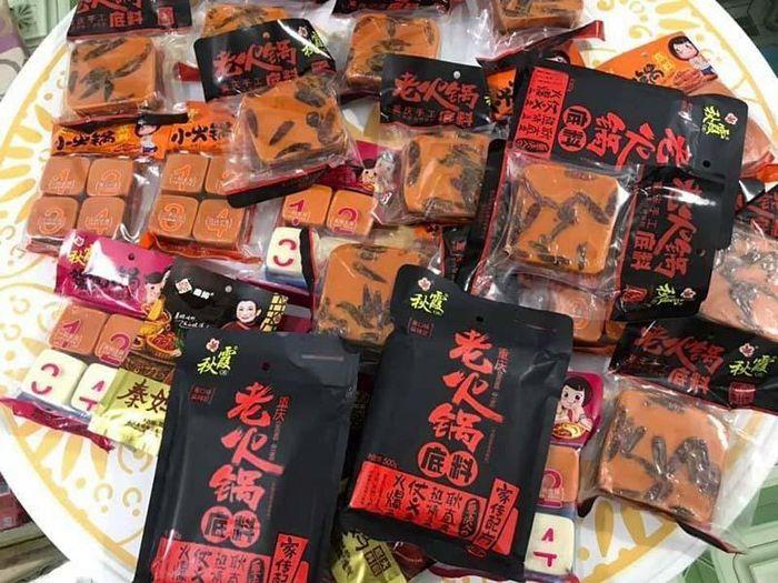 Cốt lẩu Trung Quốc đổ bộ, chị em Hà Nội tranh nhau đặt mua