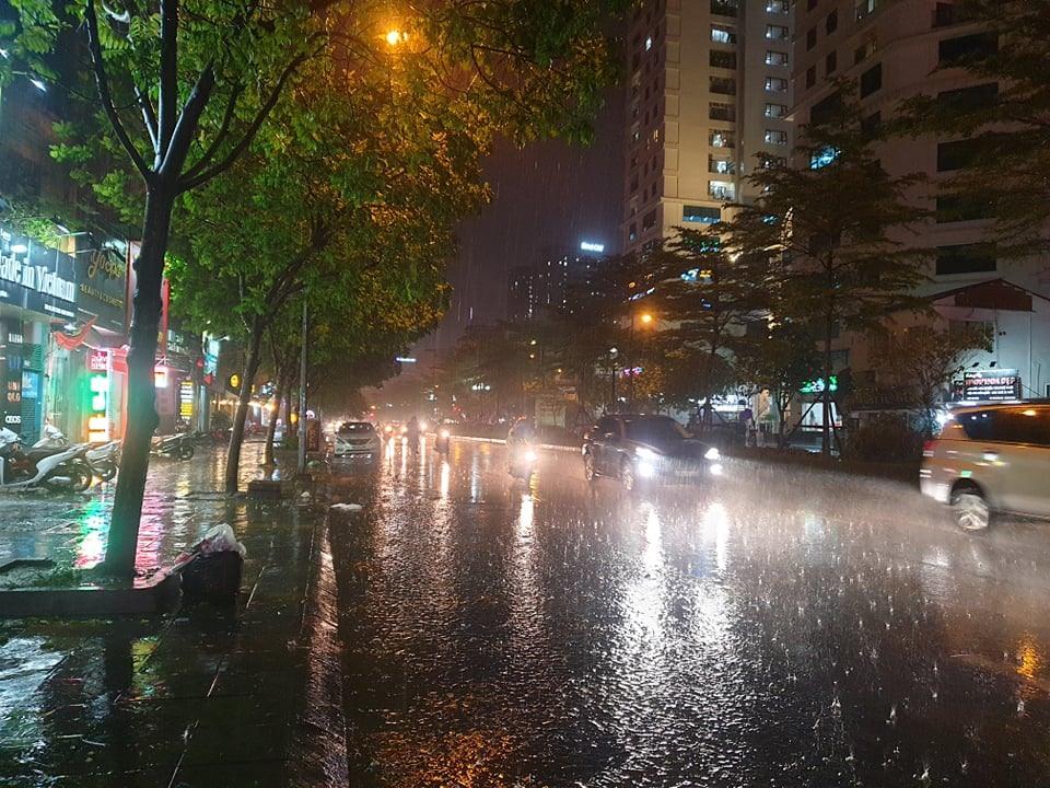 Dự báo thời tiết ngày 15/9: Mưa lớn bao trùm trên diện rộng, đề phòng lũ quét sạt lở ở nhiều nơi