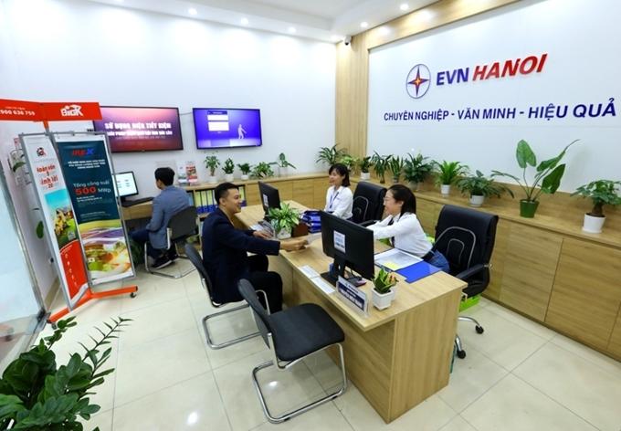 EVNHANOI giảm giá điện cho khách hàng với tổng số tiền lên tới 1.850 tỷ đổng