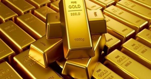Giá vàng hôm nay 3/8: Vàng tiếp tục giảm, thị trường ảm đạm vì Covid