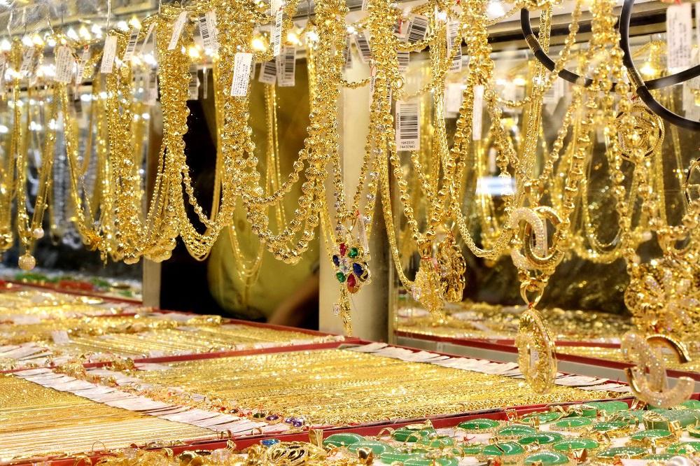 Giá vàng hôm nay ngày 6/8: Vàng đi xuống, giá vàng SJC ảm đạm