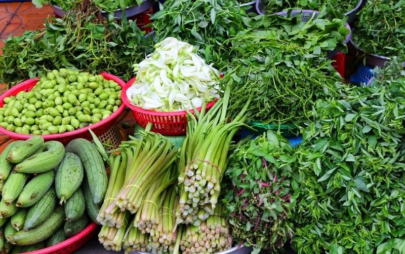 Hà Nội: Giá rau xanh bất ngờ tăng mạnh