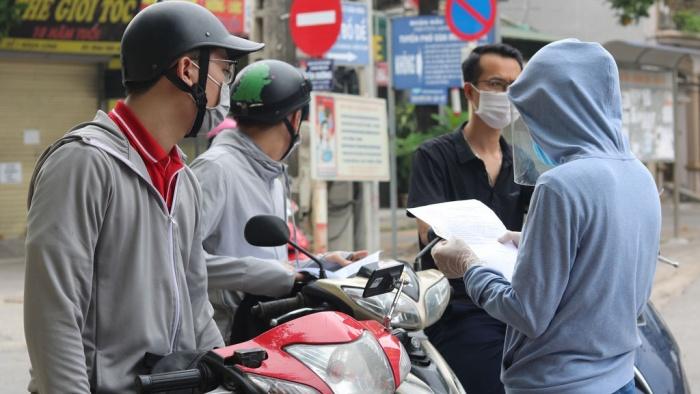 Hà Nội: Tiếp tục sử dụng giấy đi đường mẫu cũ đã cấp