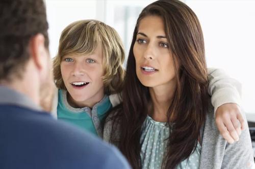 Hiểu tâm lý của trẻ khi thường xuyên nói leo và biện pháp thay đổi