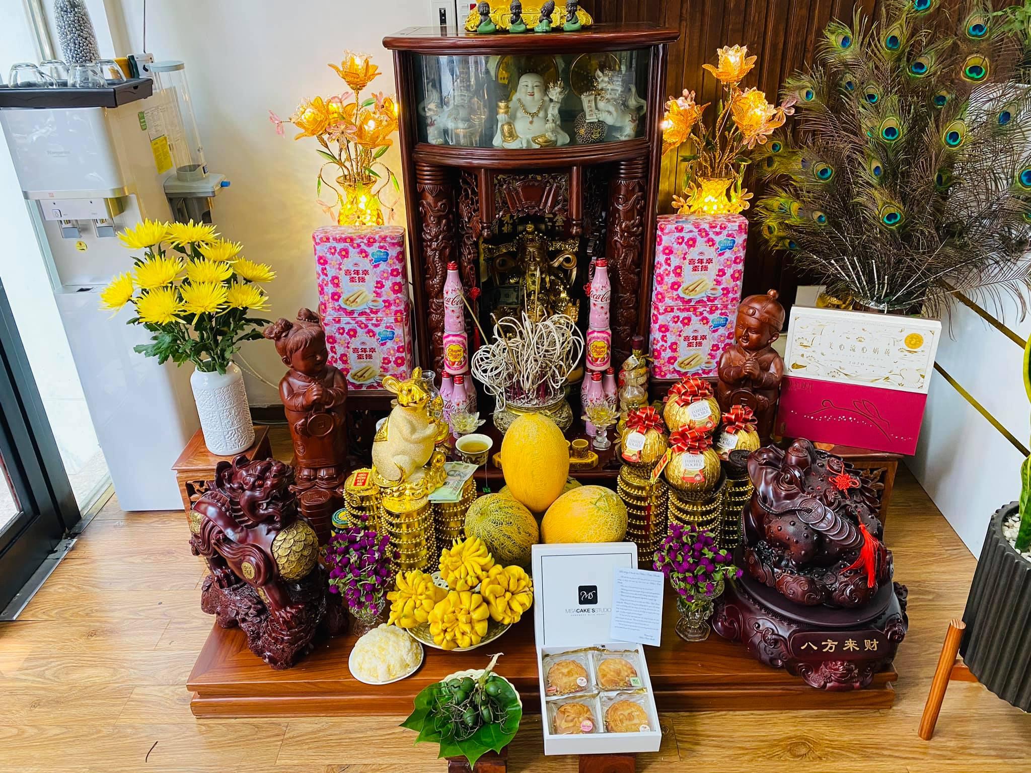 Lễ vật cúng Thần Tài ngày mùng 1 âm cần chuẩn bị gì? Cúng thế nào để nhiều tài lộc trong cả tháng?