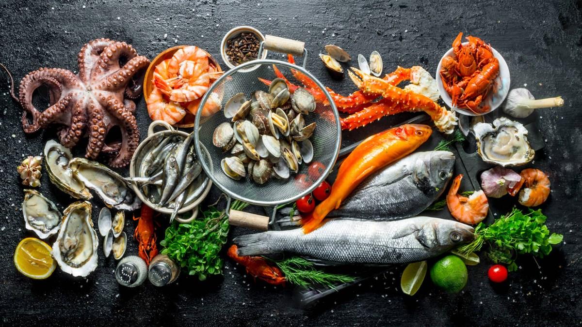 Mẹo chọn hải sản tươi ngon, chị em nào cũng nên lưu ngay