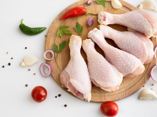 Sự thật về những chiếc đùi gà trong siêu thị, cách chọn đùi gà tươi ngon