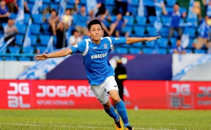 Tiền vệ Hai Long của U23 Việt Nam gặp chấn thương trong trận giao hữu với U23 Kyrgyzstan