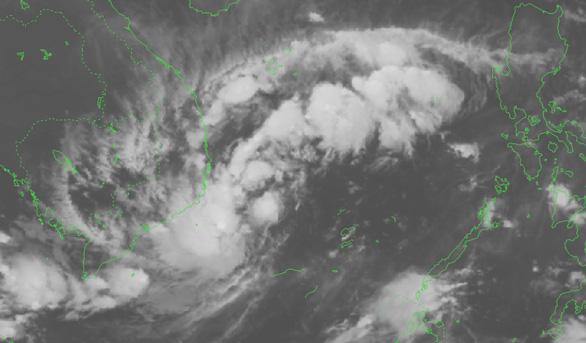 Tin khẩn cấp: Áp thấp nhiệt đới áp sát vùng biển Khánh Hòa - Ninh Thuận