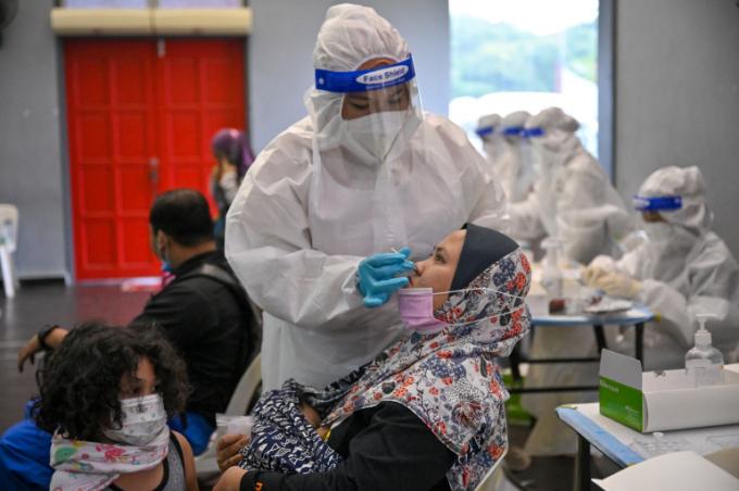 Tình hình dịch bệnh thế giới trong 24h qua: WHO xác định COVID-19 có thể sẽ là 'phần tất yếu' của thế giới
