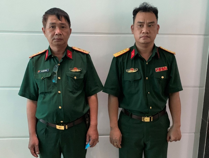 TP.HCM: Bắt giữ 2 đối tượng giả làm sĩ quan quân đội để