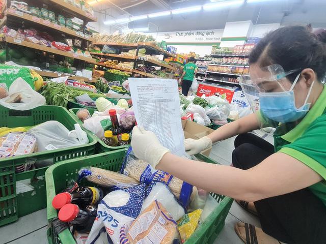 TP.HCM: Nghiên cứu mở lại chợ truyền thống