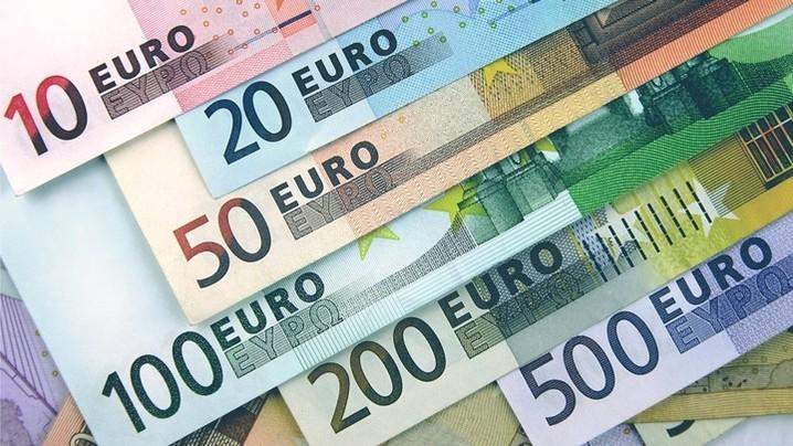 Tỷ giá ngoại tệ hôm nay 15/9/2021: Euro, bảng Anh giảm mạnh
