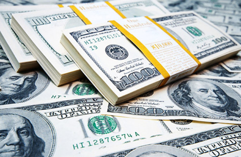 Tỷ giá USD hôm nay 27/10: Tiếp tục tăng mạnh