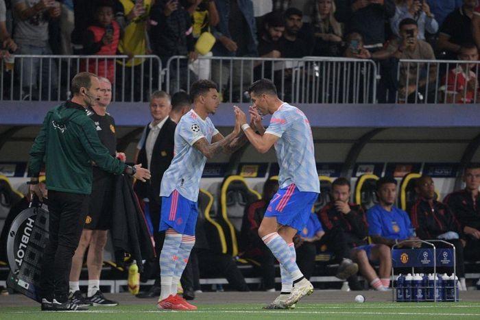 Vào thay Ronaldo, Lingard khiến MU bại trận: Trách nhiệm thuộc về ai?