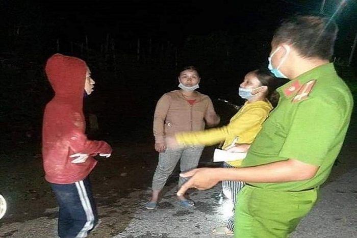 Xuyên đêm tìm kiếm 5 phụ nữ bị lạc khi đi hái nấm